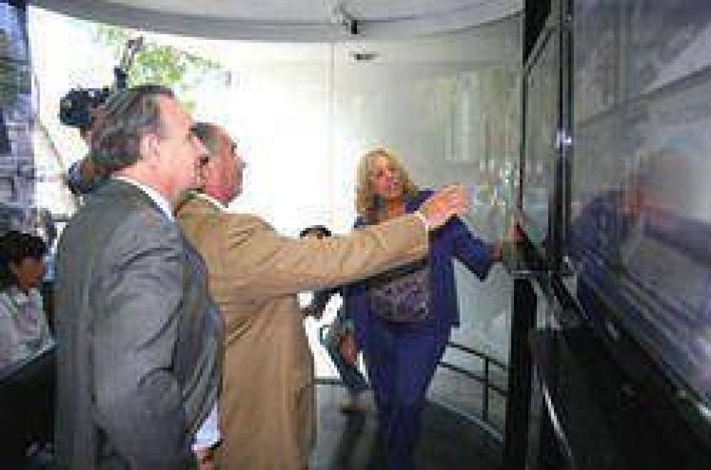 Autoridades recorrieron las instalaciones del Centro de Monitoreo Público Urbano