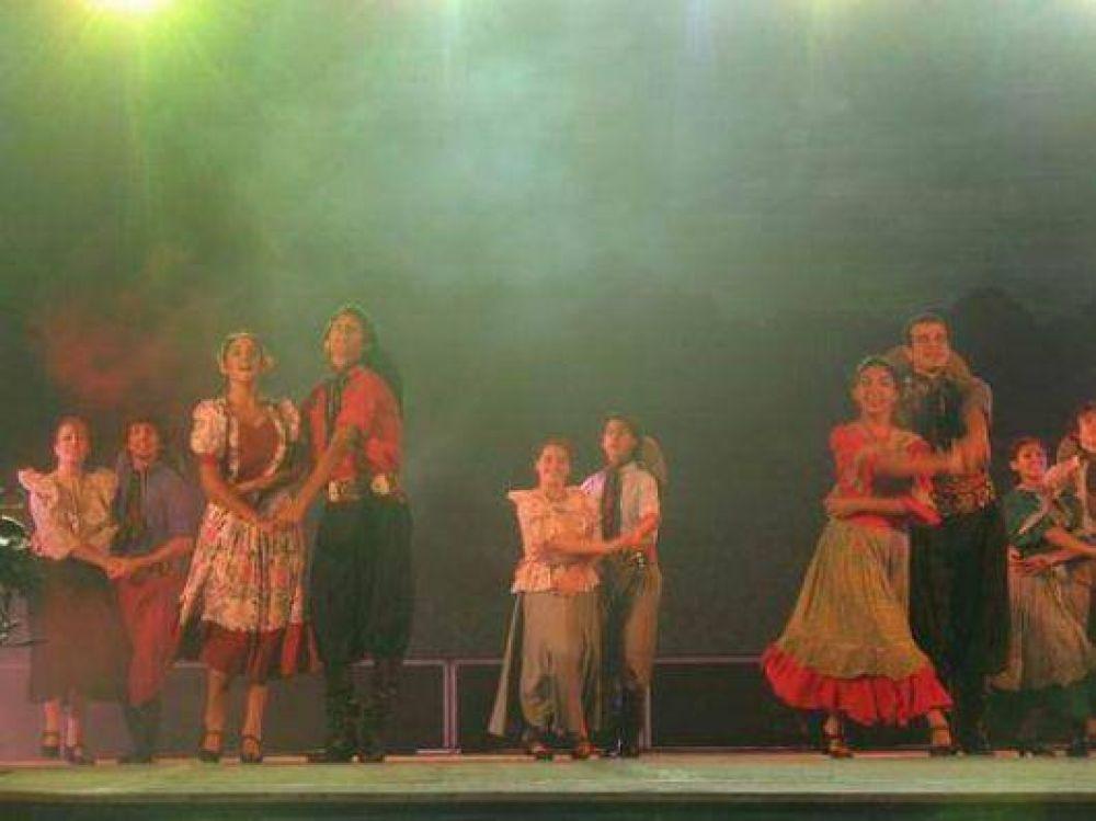A puro sapucay comienza la 23ª Fiesta Nacional