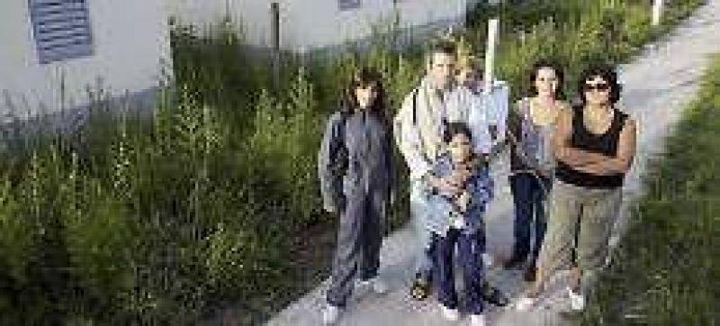 Un complejo habitacional de Pérez no se entrega y las casas se arruinan