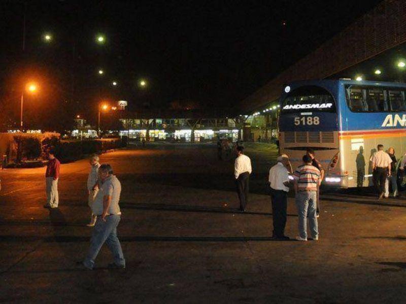 La UTA lanzó un paro de colectivos de larga distancia por tiempo indeterminado