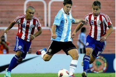 Argentina jugó muy mal, perdió con Paraguay y quedó casi eliminada