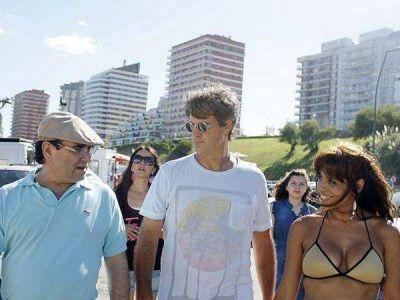La oposición llevó su debate electoral a la playa