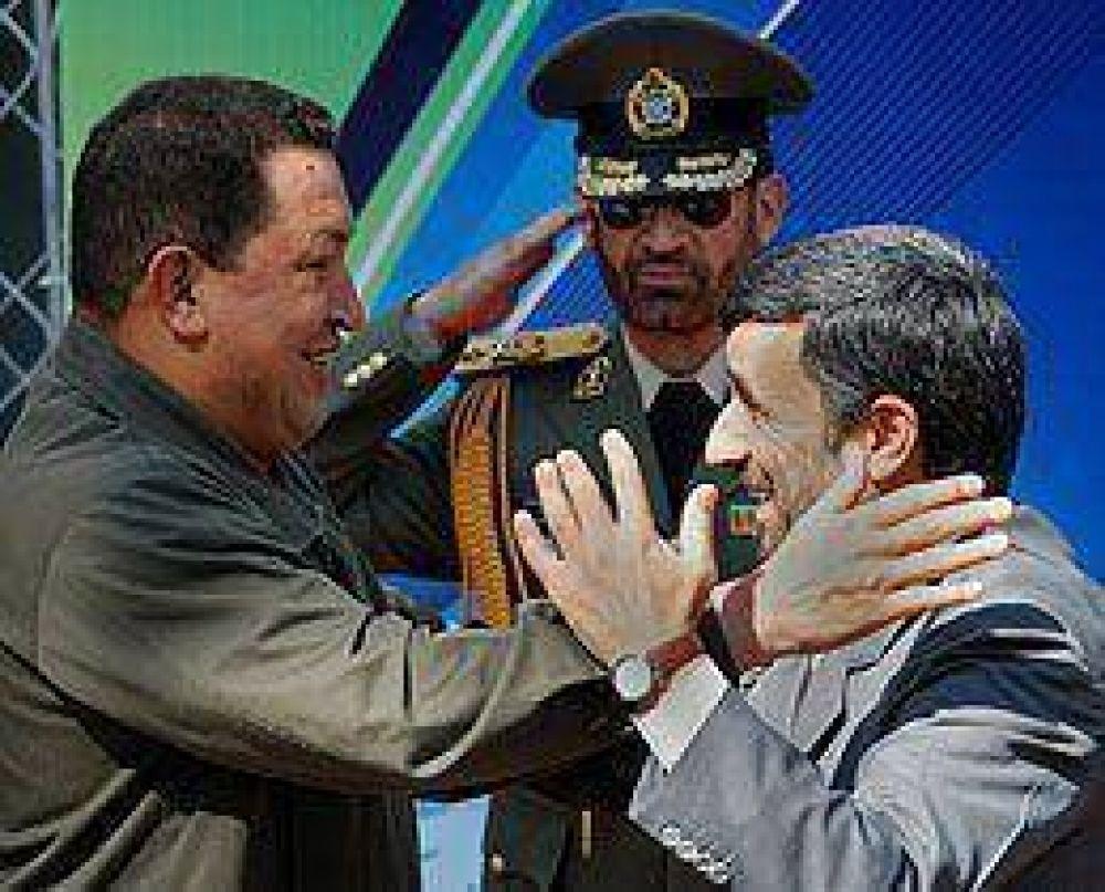 Chávez en Irán avanza sobre la creación de un banco binacional