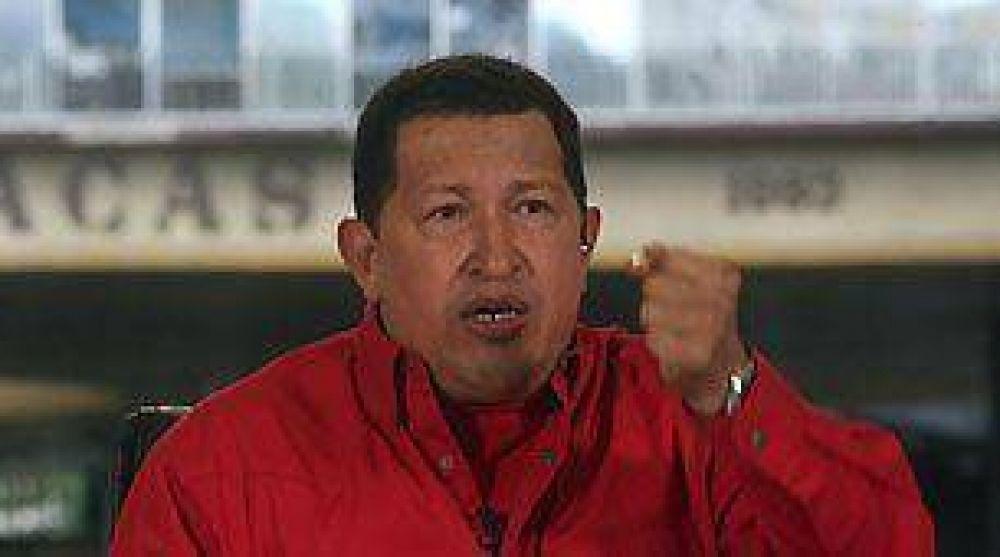 Chávez dijo que la oposición amenaza con un golpe de Estado por la detención de ex ministro