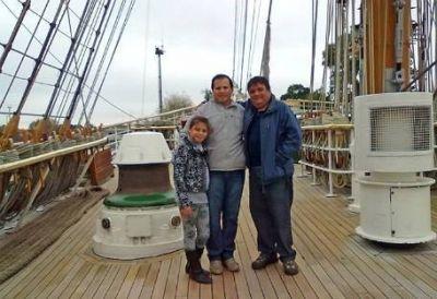 La Armada despidió al cantinero de la Fragata por hablar con los periodistas