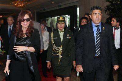 Tras dejar Emiratos Árabes, Cristina Kirchner llegó a Indonesia