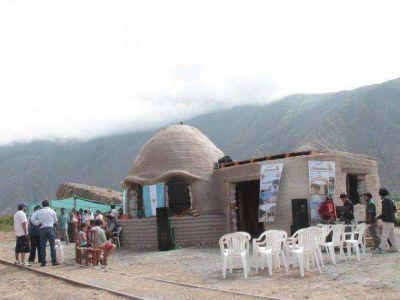 Tumbaya lanzó la temporada turística y Casa de Súper Adobe