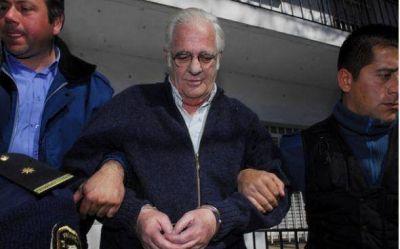 Niegan discutir la prisión domiciliaria para Carlos Carras