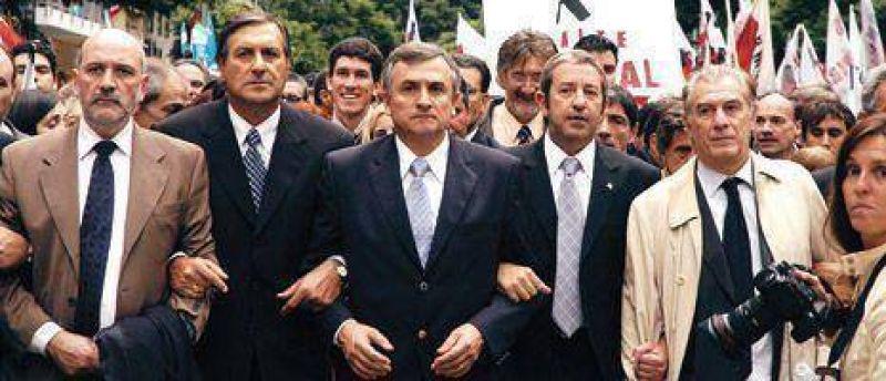 El 'efecto Alfonsín' ya se siente en la UCR: vuelve Cobos y unifican listas.
