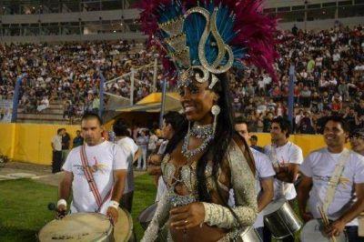 El Carnaval de Rio en San Luis hizo vibrar el Estadio Juan Gilberto Funes