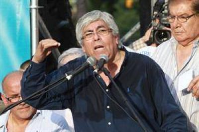 Moyano atacó a Recalde por la re-reelección