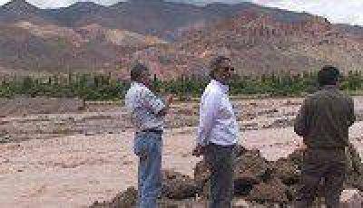 Inmediata ayuda oficial a Tilcara por las crecientes del Rio Grande