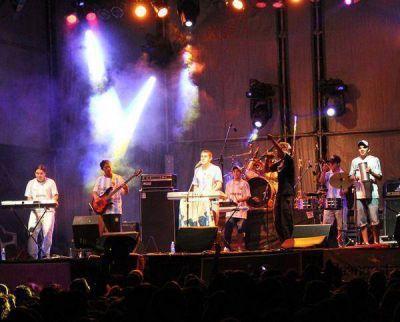 Más de 30 grupos musicales y 8 grupos de danzas participarán de la Fiesta de los Jardines