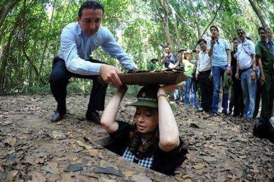 El gabinete retoma la actividad tras el regreso de la Presidenta de Asia