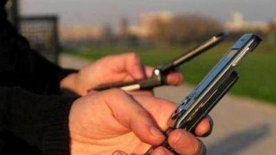 Multaron a compañías de celulares por deficiencias en el servicio