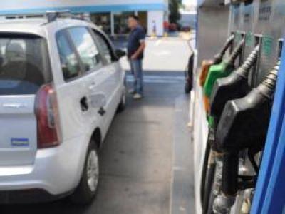 Aseguran que no hay escasez de combustibles en San Luis