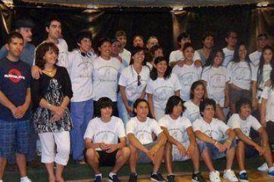 Partió la delegación que representará a Chubut en el Festival de Cosquín