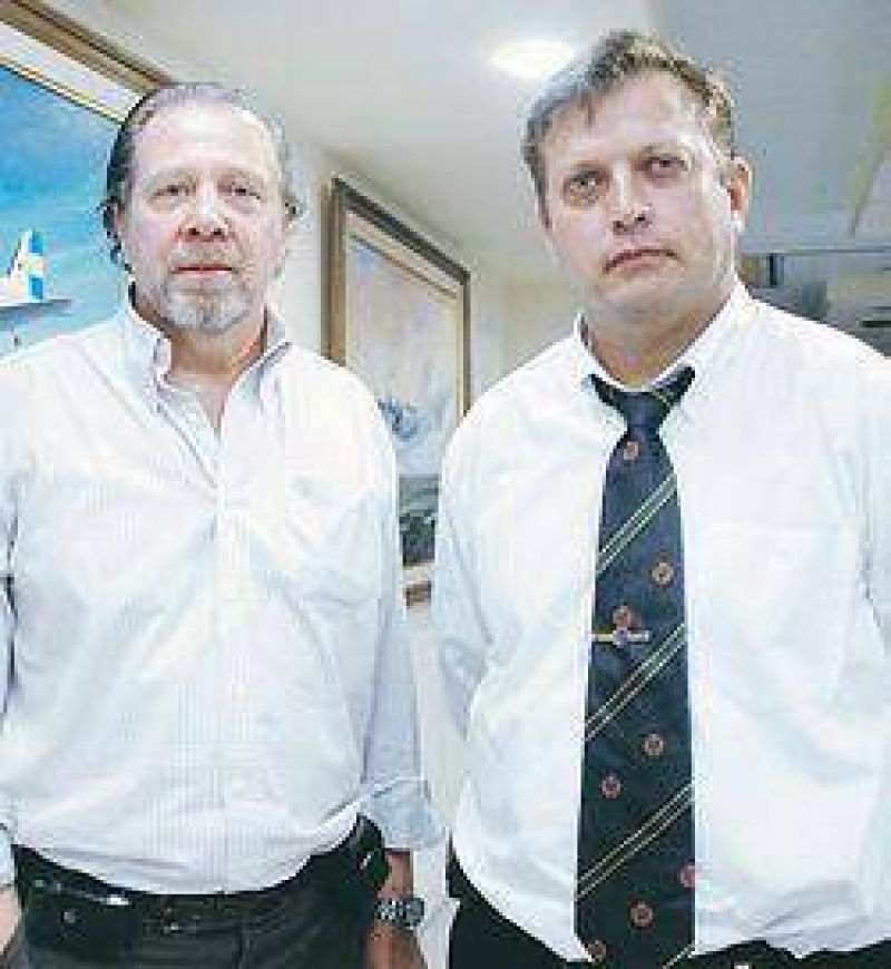 Pilotos: asumi� oficialista en lugar de socio de Moyano