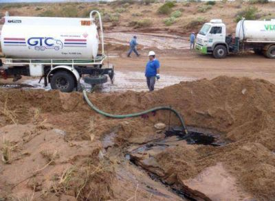 Otro más: hay un tercer derrame de petróleo en cercanías del río Colorado