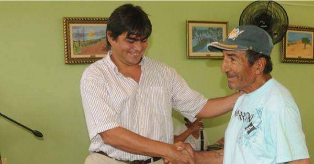 Pami La Rioja y el gobierno provincial entregaron ayudas en Los Sauces