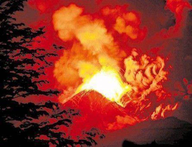 Otra erupción de un volcán chileno lleva cenizas a Neuquén