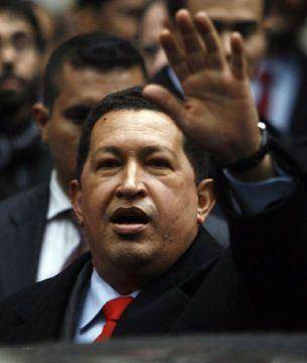Hugo Chávez vuelve a cargar contra la oposición y elimina la Alcaldía Metropolitana de Caracas