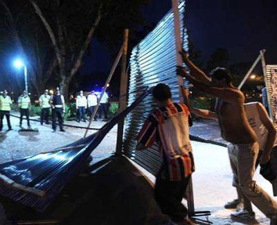 Más críticas a la decisión de Macri de enrejar Parque Centenario