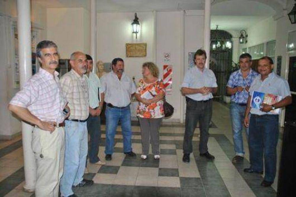 Gremios piden celeridad en cuestiones salariales