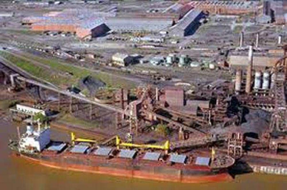 Paro en San Nicolás con apoyo de portuarios Zárate, Lima y Campana