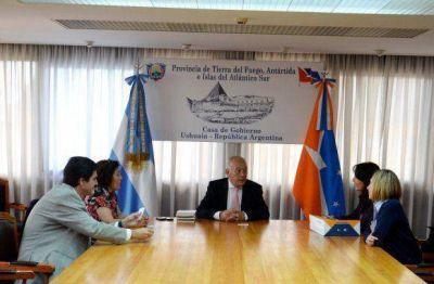 Gobierno recibió a autoridades de la Fundación OSDE
