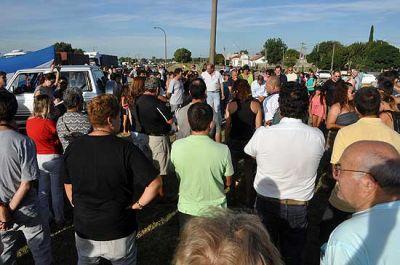 Cerca de 200 personas se manifestaron por el estado de la ruta 51