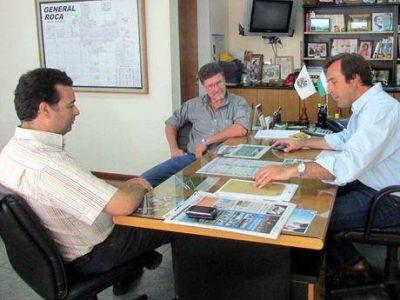 El presidente de Aguas acordó con Soria esquemas de trabajo