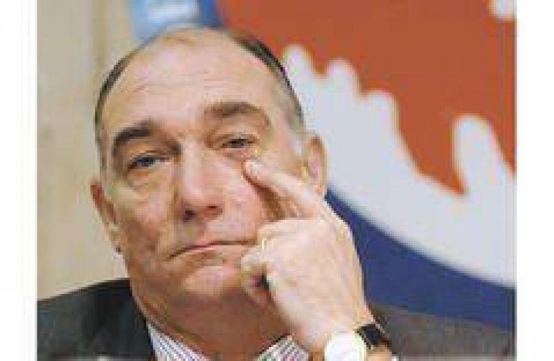 Schiaretti rompió con Kirchner y blindó la lista en el PJ cordobés
