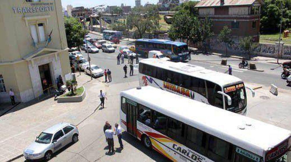 Se normaliza lentamente el servicio de los interurbanos