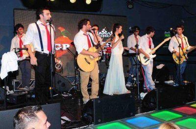 Miranda y Agapornis cierran el ciclo Coca Cola in Concert