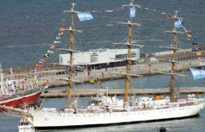 La Estaci�n de Cruceros camino a convertirse en un gran fracaso de la Administraci�n Pulti, hoy se utiliza solo en fotos�