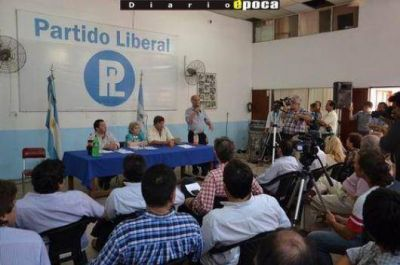 """Cierre de afiliaciones en el PL: """"miles"""" de nuevas inscripciones"""