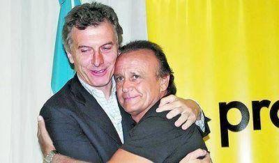 Macri cuestiona a Gieco pero justifica a Del Sel