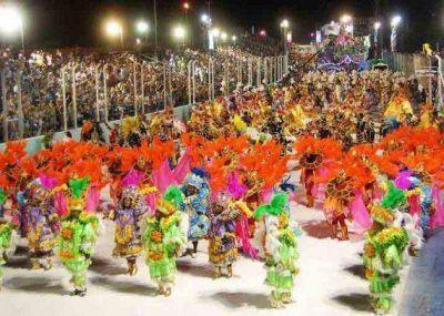 Inauguran la muestra temática del Carnaval de Río en San Luis