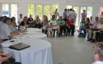 Peppo delineó agenda habitacional con el Foro de Intendentes del Frente Chaco Merece Más