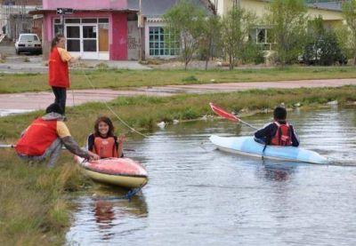 Taller de murga, cabalgata y kayak para los chicos