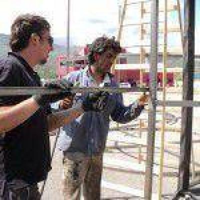 Carnaval de Río en San Luis: Avanzan en la construcción del carro de Vivienda