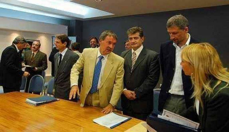Kirchner impulsará candidatos propios y desconoció a Mondino