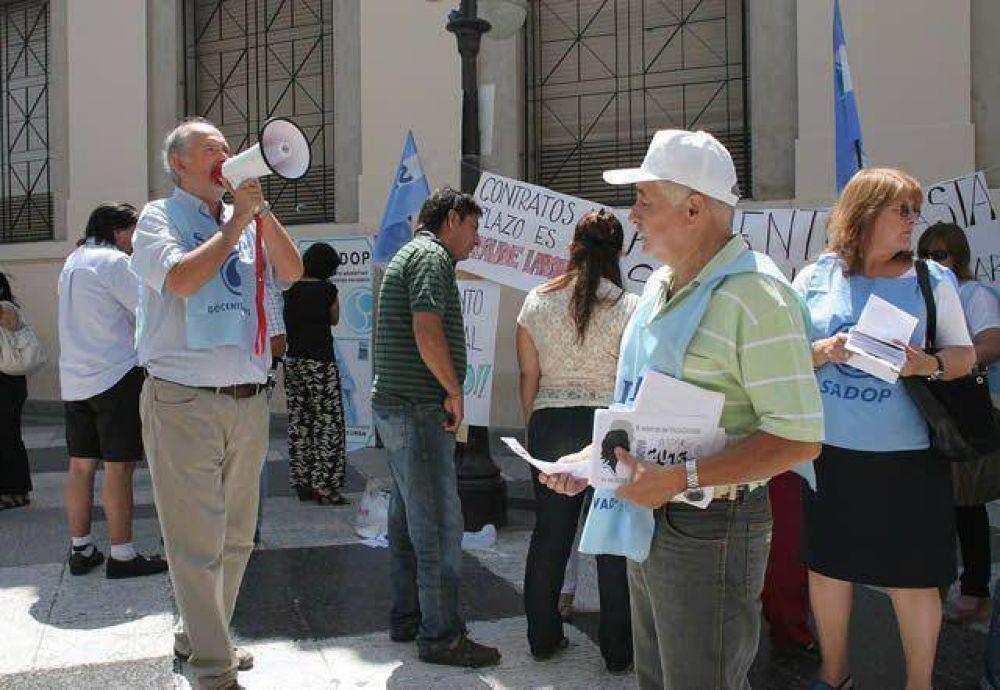Los docentes de Sadop arrancan el ciclo con protestas