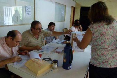 Quiroga ya domina la convención de la UCR