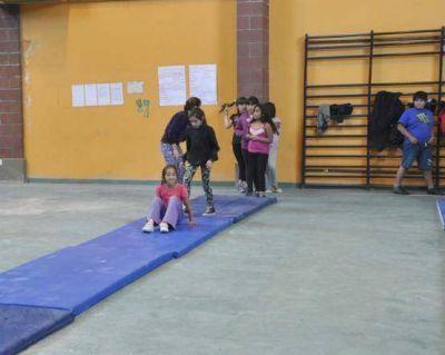 Colonias de Vacaciones Integradas 2013: Álvarez destacó la labor de la Dirección de Deportes