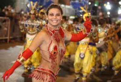 Miles de vecinos festejaron el Carnaval de la alegría en la región
