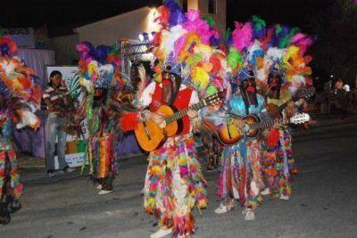 Catamarca baila al ritmo de los Carnavales Federales de la Alegría