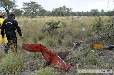 El helic�ptero en el que viajaba Lino Oviedo no explot� antes de caer a tierra
