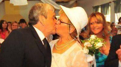 Rosa y Antonio dieron el Sí el Día de los Enamorados